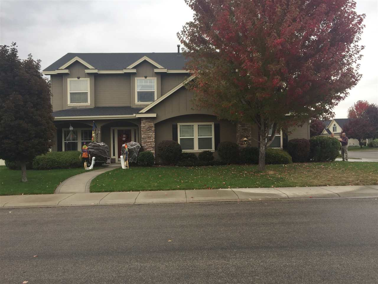 4374 N Clearbrook Ave, Meridian, ID 83646