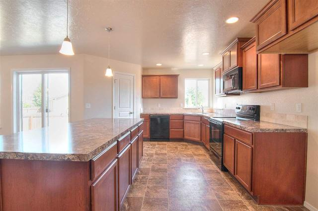 1019 Ione Ave, Middleton, ID 83644