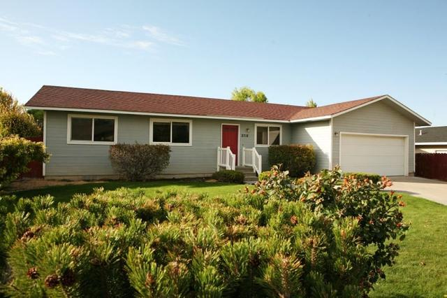 2718 9th Ave E, Twin Falls, ID 83301