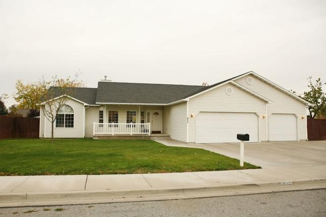 2713 Paintbrush Dr, Twin Falls, ID 83301