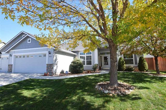 952 N Stronghold Ave, Meridian, ID 83642