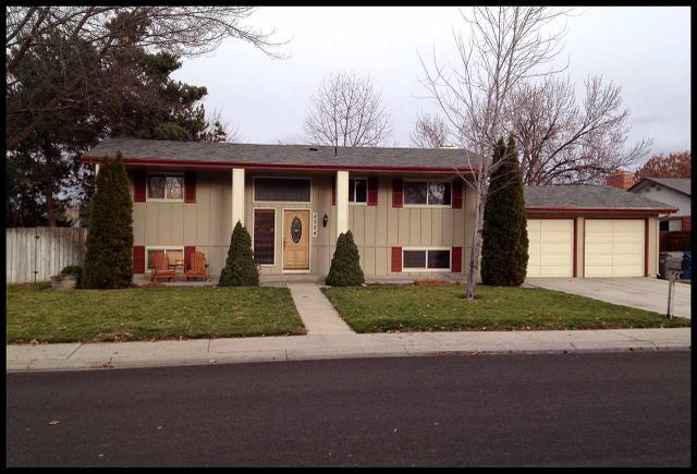 8524 W Pembrook Dr, Boise, ID 83704
