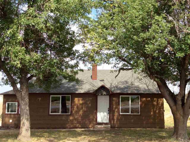 3432 Pioneer Rd, Homedale, ID 83628