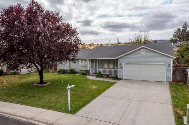 1261 E Oakridge Dr, Boise, ID 83716