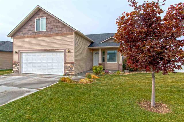 1081 Borah Ave W, Twin Falls, ID 83301