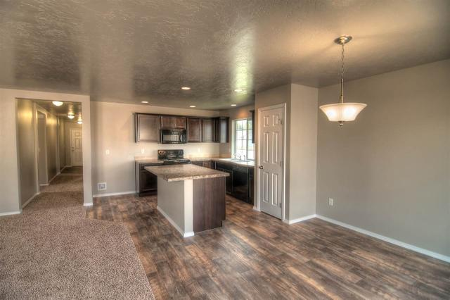 17706 Mountain Springs Ave, Nampa, ID 83687
