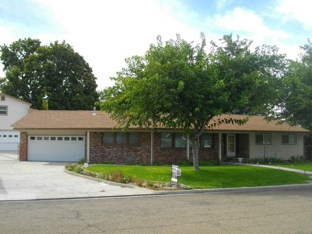 1812 Ray Ave, Caldwell, ID 83605