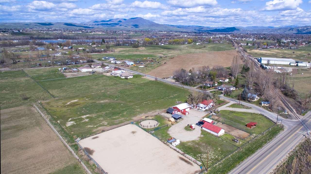 1671 Airport Road, Emmett, ID 83617