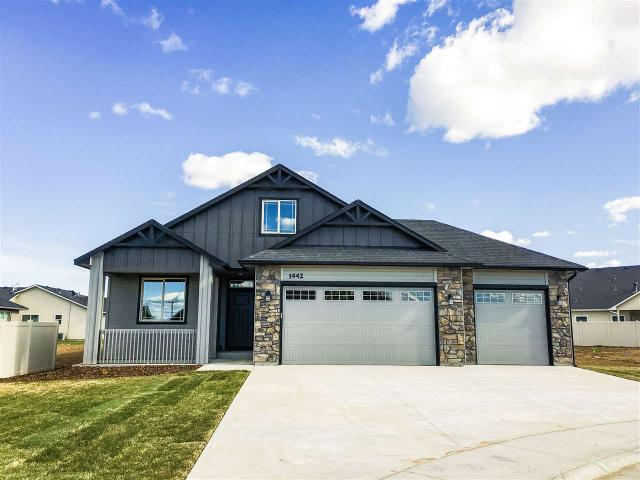 1442 Dogwood Ct, Fruitland, ID 83619