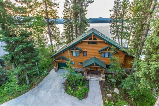 2242 Payette Dr, Mccall, ID 83638