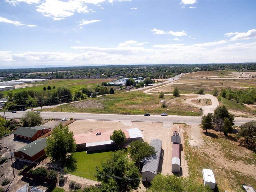 9724 Horseshoe Bend Road, Boise, ID 83714