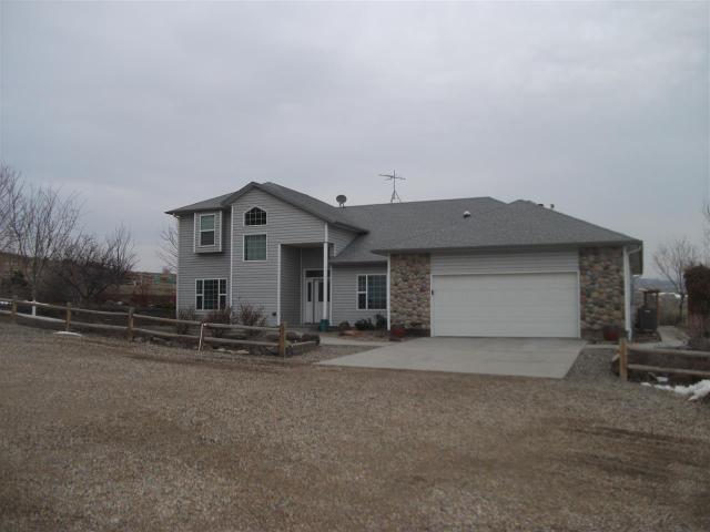 5331 Old Sullivan Rd, Homedale, ID 83628