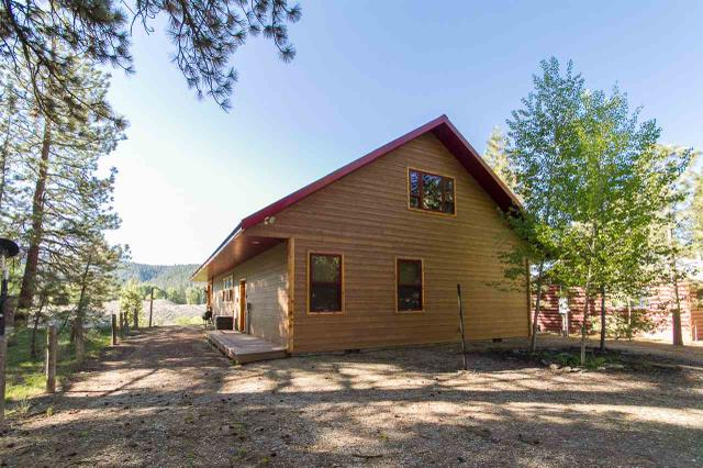 4364 E Pinefeatherville Rd, Featherville, ID 83647