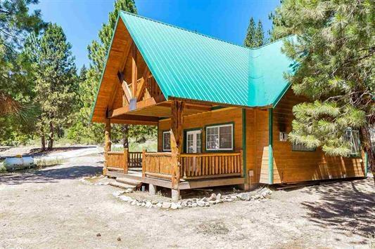 51 S Fork Dr, Lowman, ID 83637