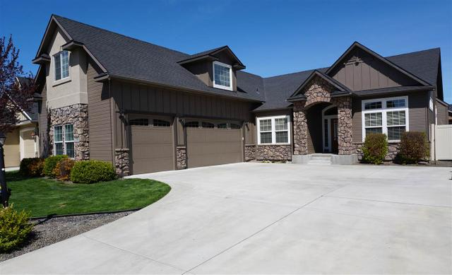 2704 W Wapoot Dr, Meridian, ID 83646