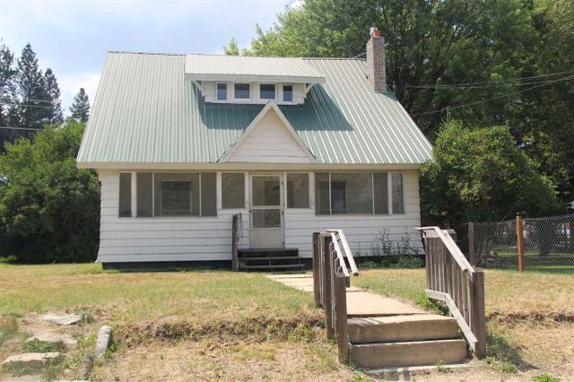 109 N Hillcrest Rd, Cascade, ID 83611