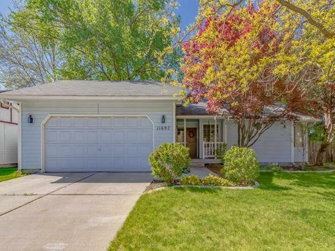 11697 W Hinsdale Ct, Boise, ID 83713