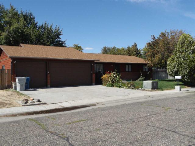 1879 Rock Rd, Mountain Home, ID 83647