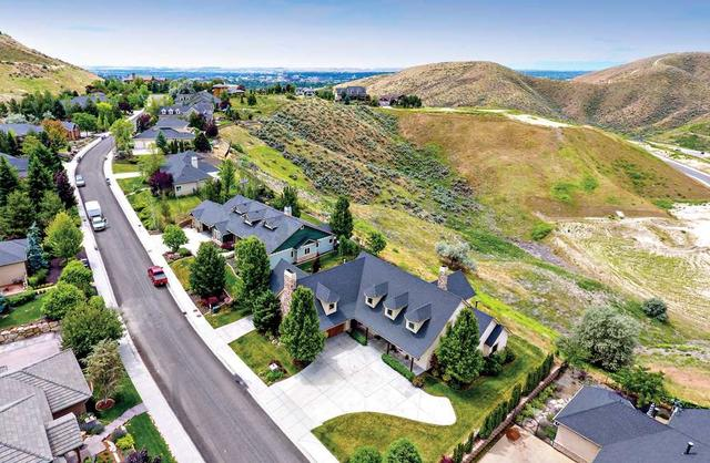 4501 N Arrow Crest Way, Boise, ID 83703