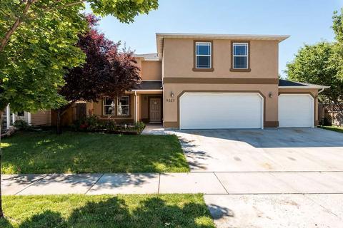9227 W Patina Dr, Boise, ID 83709