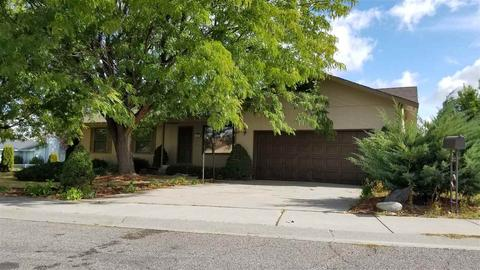 864 Cypress Way, Twin Falls, ID 83301