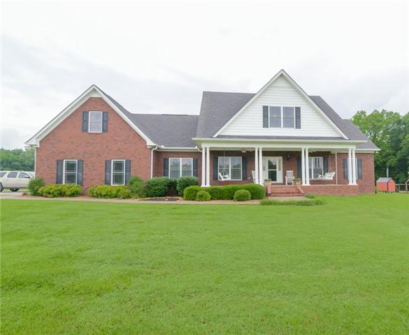 776 W Trimble Rd, Milton, TN