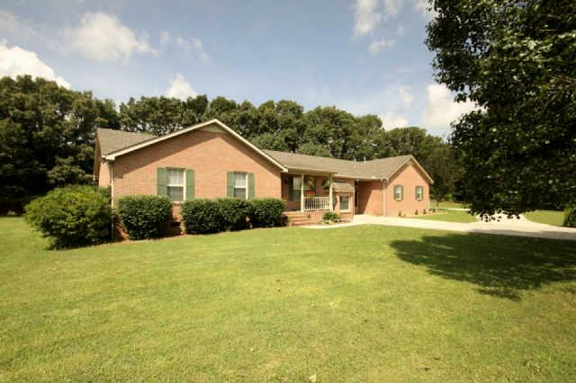 25 Leslie Jamie Rd Manchester, TN 37355