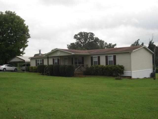 131 Lakeside Dr, Rock Island TN 38581