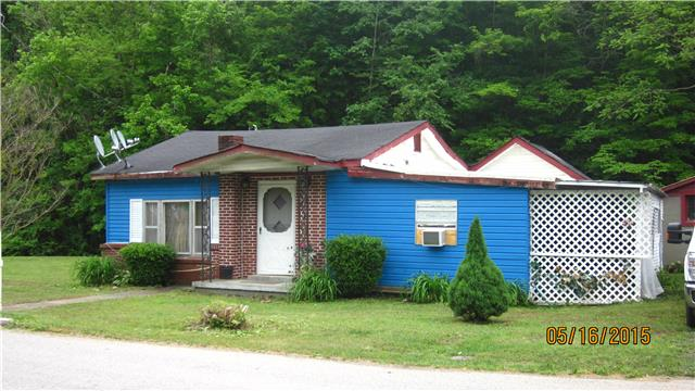302 Mcclure St, Red Boiling Springs, TN