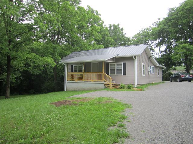 315 Jackson St, White Bluff, TN