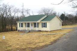 912 Franklin Ave, Lewisburg, TN