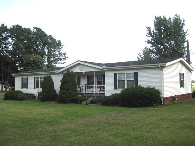 3104 Robertson Rd, Lawrenceburg, TN