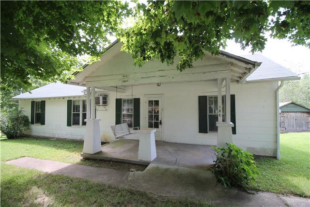 108 Charlton St, White Bluff, TN