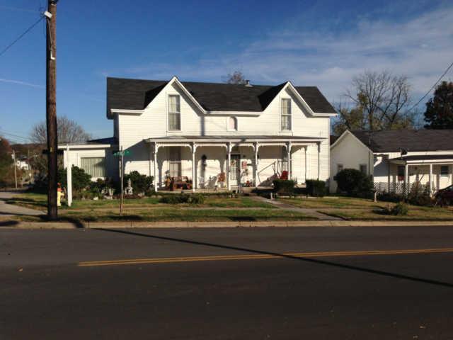 703 S 1st St, Pulaski, TN