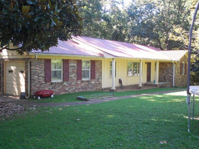 103 Elm St, Waverly, TN
