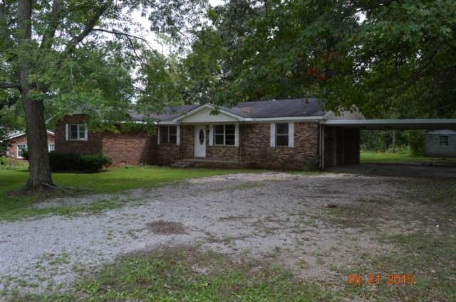 437 Lee Ln, Huntland, TN