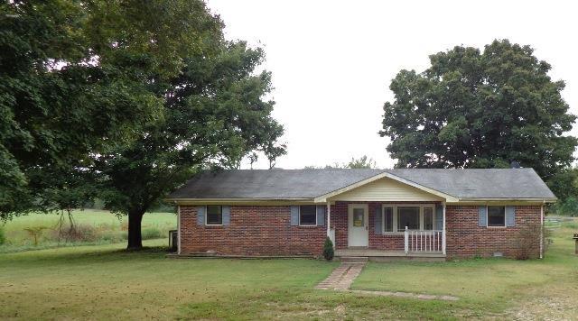 297 Bradley Rd, Mc Ewen, TN