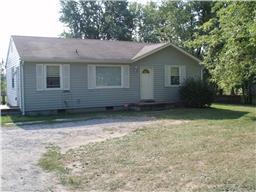 2727 Trenton Rd, Clarksville, TN