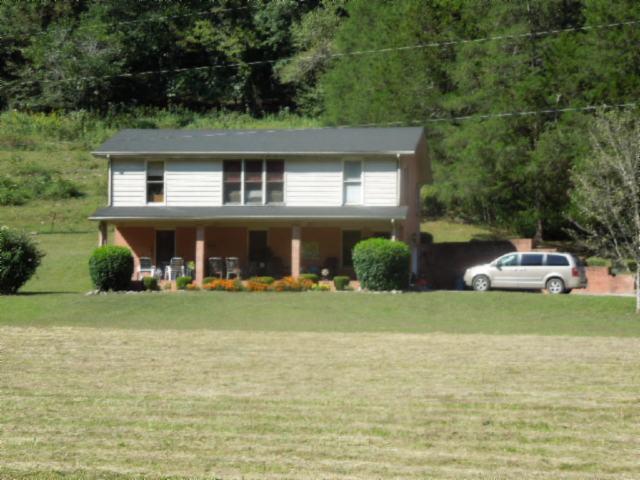 492 Smokey Branch Ln, Whitleyville, TN