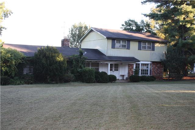 130 Twin Bay Dr, Hendersonville, TN
