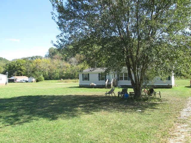 6740 Leipers Creek Rd, Columbia, TN