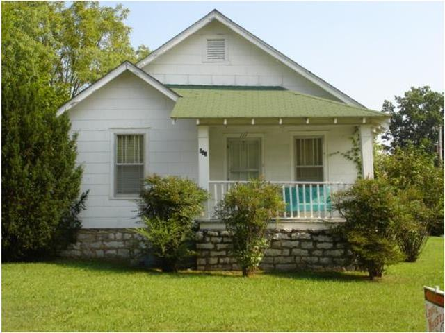 111 Maplewood Dr, Shelbyville, TN
