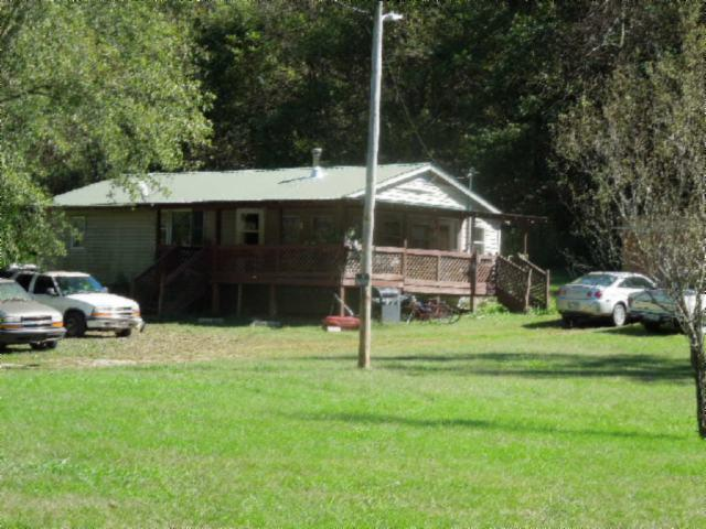 686 Modock Hollow Rd, Celina, TN