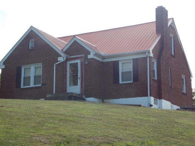 300 Williamson St, Celina, TN