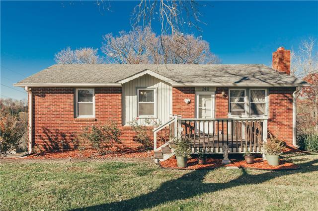 141 Two Valley Rd, Hendersonville, TN