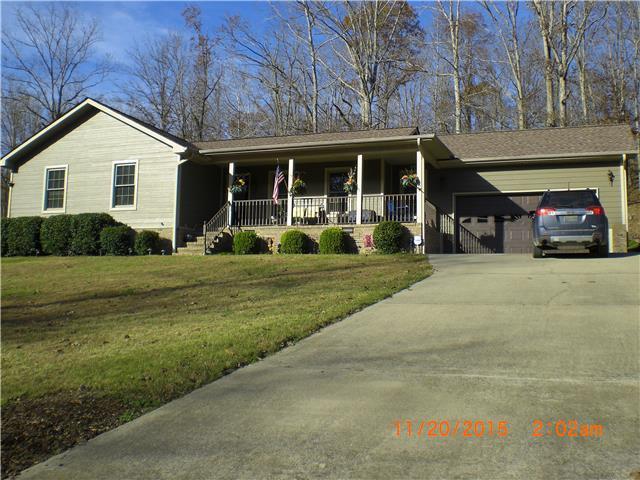 545 Rustling Oaks Dr, Waverly, TN