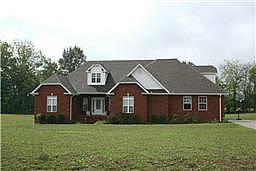 208 Blaine Cir, Shelbyville, TN