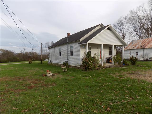 3006 3008 Church St, Burns, TN