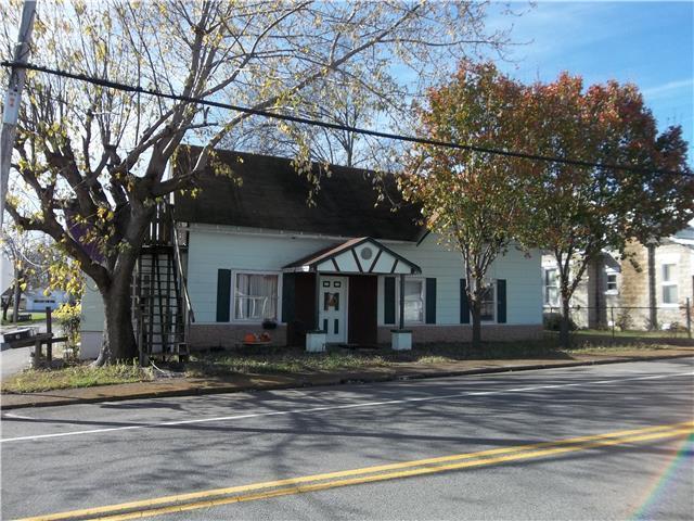 219 Main St, Mc Ewen, TN