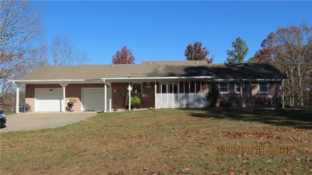 235 Lakeview Cir, Tennessee Ridge, TN